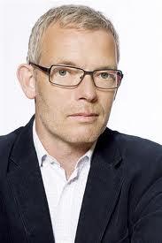 Torben Friis de chefredacteur, gespeeld door Søren Mallin
