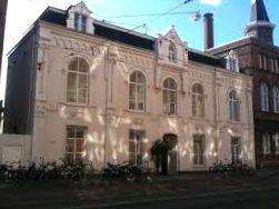Het oude gebouw van de Toneelschool aan de Marnixstraat waar we de meeste lessen kregen.